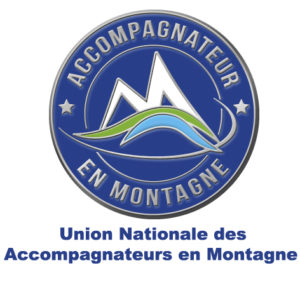 l'eccusson de l'union national des accompagnateurs en Montagne